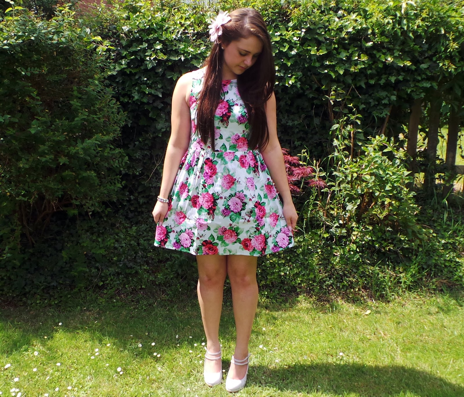 outfit, outfit of the day, ootd, fashion, fashion blog, uk fashion blog, uk style blog, floral dress, fashion union, summer dress, pretty, outfitpost, ghislaine floral skater dress