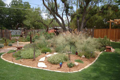Using Xeriscaping to Save Time and Water