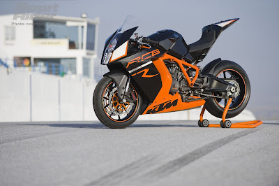 KTM RC8 R wallpaper