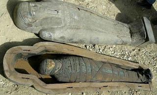 Patung Mumia Berhantu Di Muzium