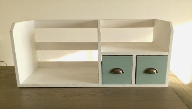 Bookstand 01