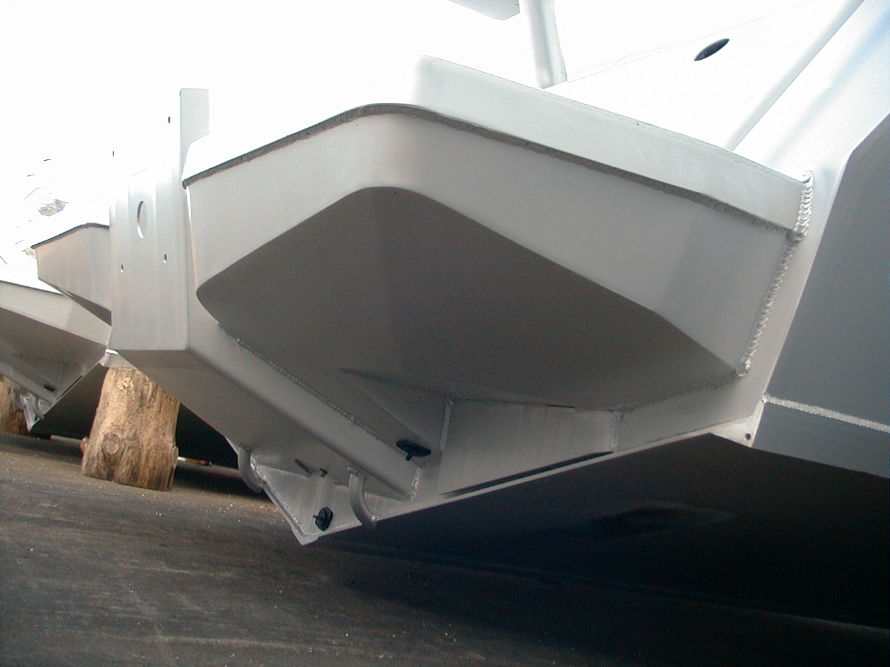 AMF Boats - Alloy Boat Builders: AMF 580 Vee Berth Cabin - Factory Overview