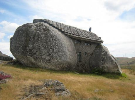 Rock+House+In+Ireland