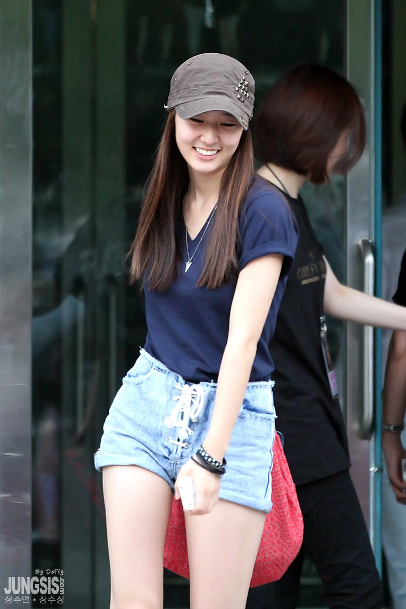 Pics 110724 Krystal After Snsd Concert Updated