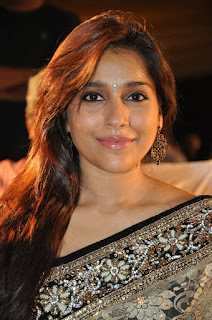 Rashmi Gautam Latest Cute Pictures in Saree at Dhana Lakshmi Talupu Tadithe Audio Launch (7)