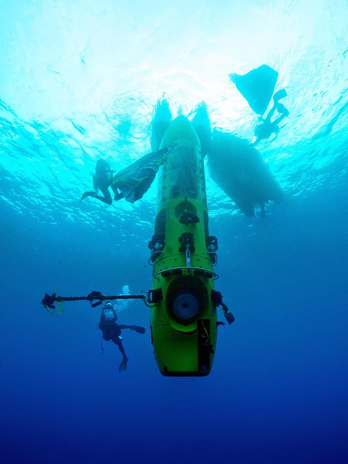 Deepsea Challenger dive