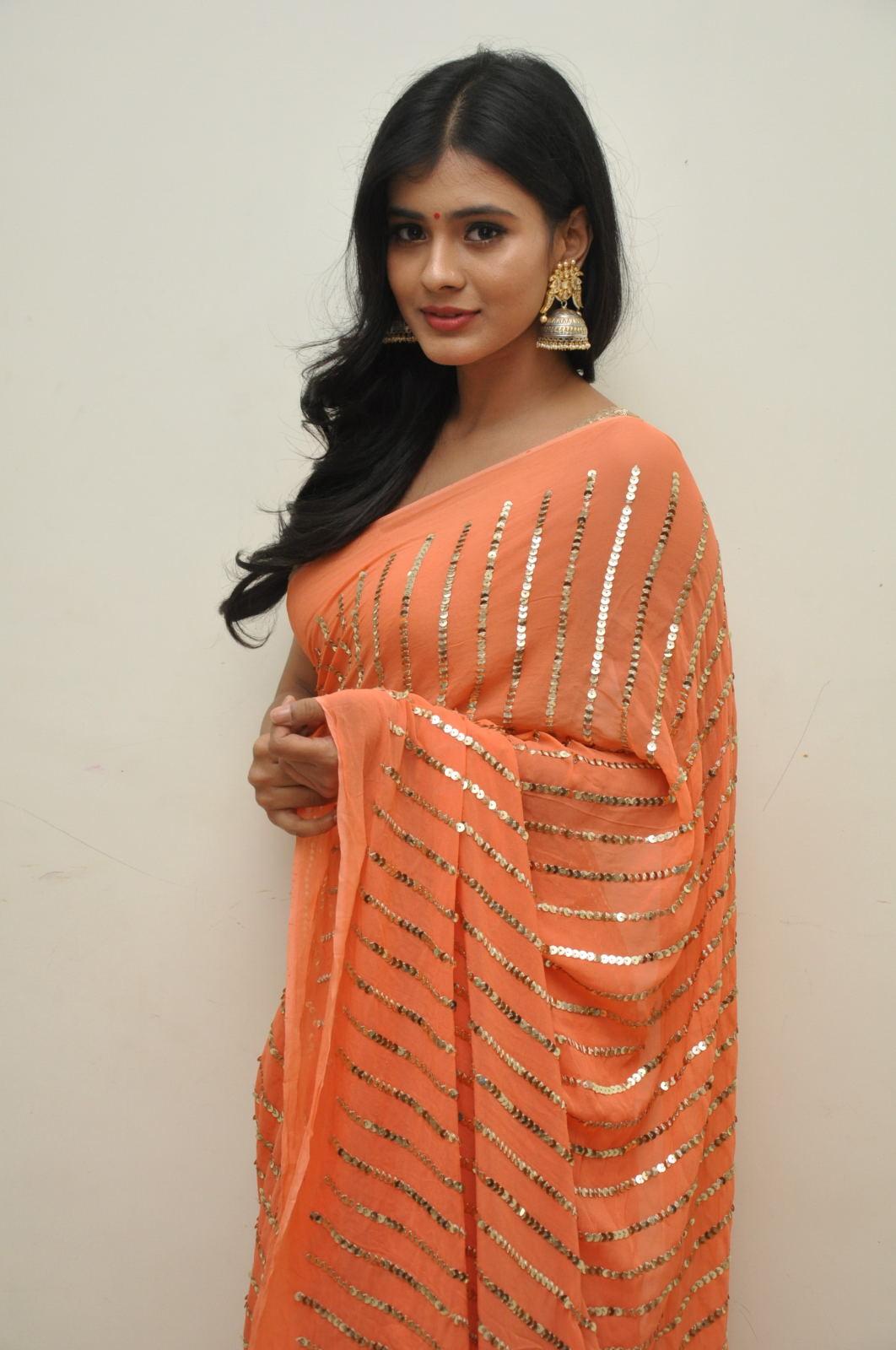 Hebah Patel photos from Kumari 21f audio-HQ-Photo-16