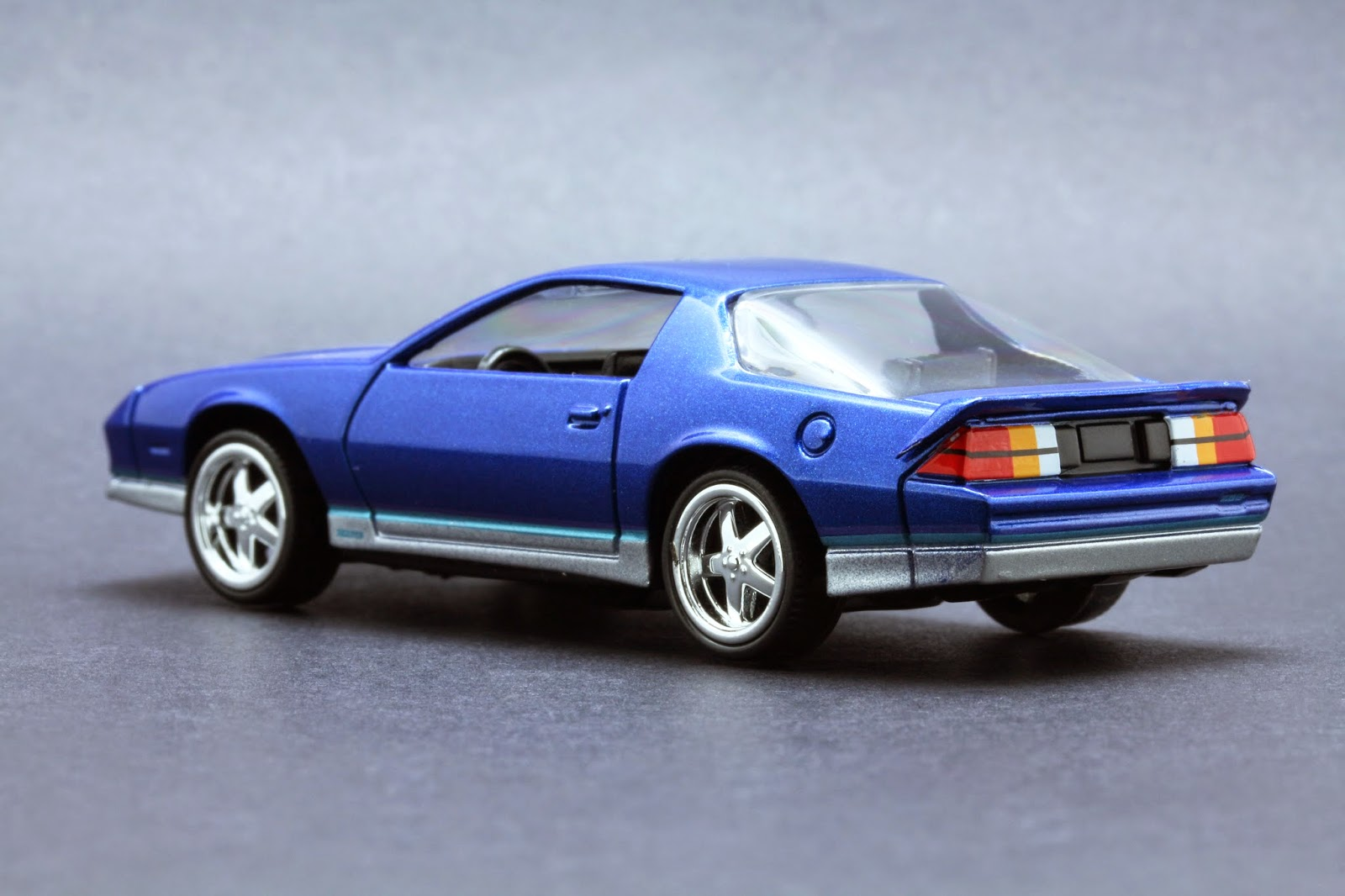 64 Scale Diecast from Autoworld Diecast Release 1 Version A