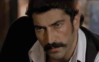 Türk erkeklerinin izlemesi gereken video. http://www.uykusuzissizler.com/