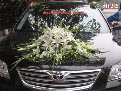 Các loại mẫu hoa trang trí xe cưới đẹp