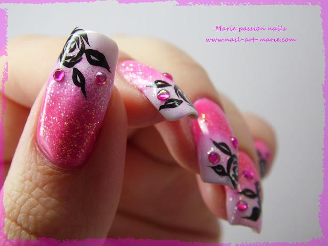 Nail art dégradé coloré et roses noires6