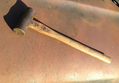 Left+handed+hammer.jpg