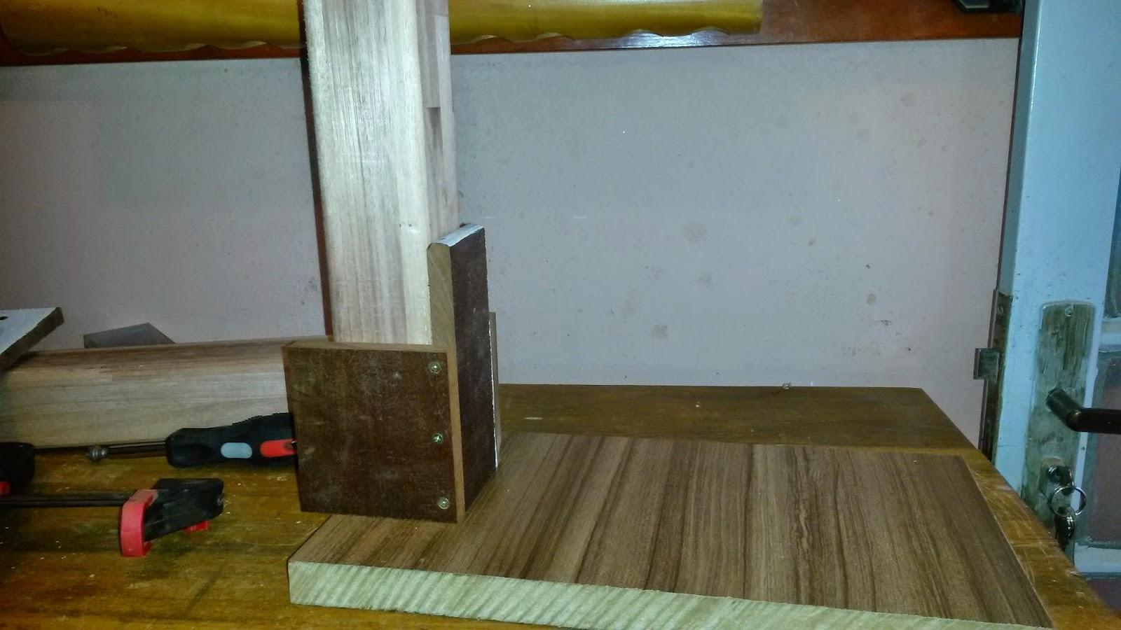 Oficina do Quintal: Como fazer um suporte para furadeira de bancada #5D4B20 1600x900