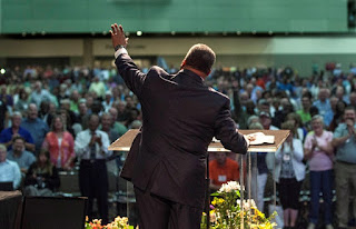 Fred Luter, president of the SBC, probably a good guy...photo credit bpnews.net