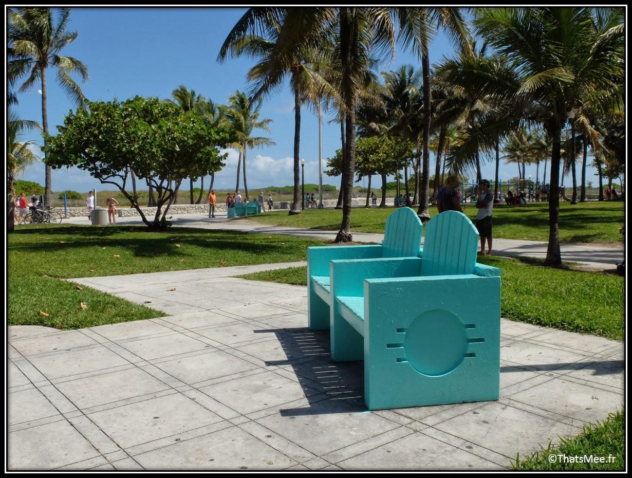 Collins avenue Miami South beach Floride Florida seats beach Art deco