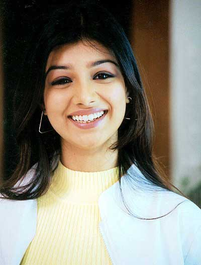 Online Wallpapers on Online Indian Actress Wallpapers  Photos  Images  Pictures  Ayesha