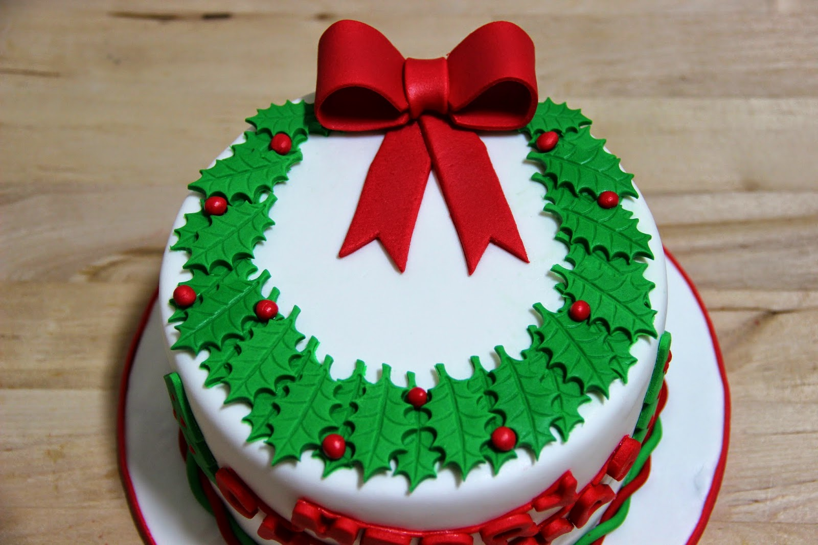 Christmas cake decoration with fruit and nuts - For Those Who Do Not Like Alcohol In Their Cakes The Dry Fruits Nuts Are Soaked In Orange Juice Baked