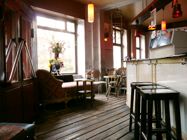 Wohnzimmer Bar Berlin Prenzlauer Berg : lovely day spent with M where ...