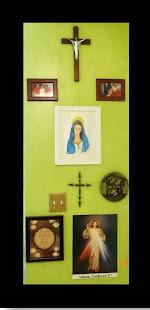 La Virgen reinando en casa de mis amigos