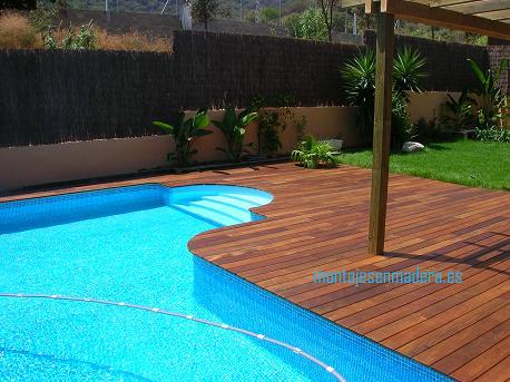 Decoraci n de exteriores tarimas en madera tropical para piscina - Decoracion piscinas exteriores ...