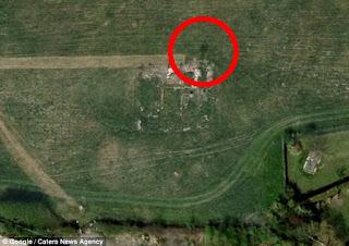 pria+raksasa Foto Mengerikan Terekam Google Earth