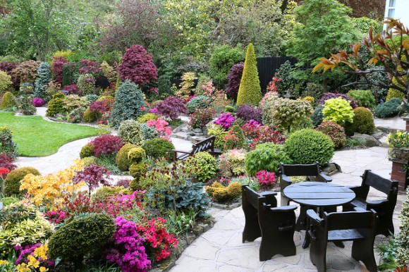 The Four Seasons Garden: Charming Nature And Limitless Creation