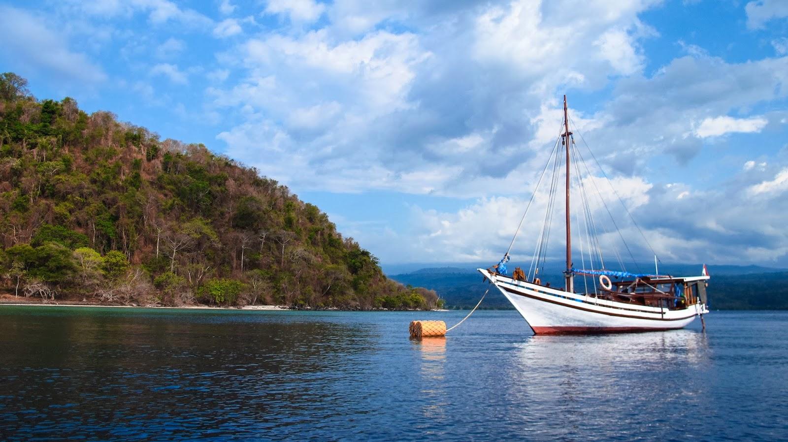 Croisière Snorkelling (masque et tuba) à bord de Zirbad (voilier traditionnel) en Indonésie - www.piratesbaycroisiere.fr