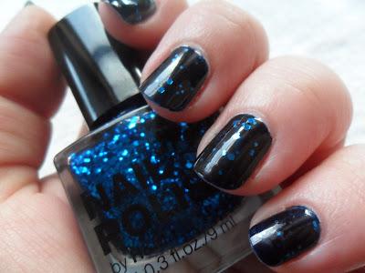 Blue giltter nail polish from H&M