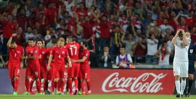 Hasil Kualifikasi Euro Truki 3-0 Belanda, Peluang Tim Oranje Semakin Tipis...!
