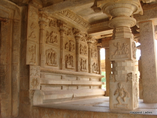 stone carvings at Hazararama temple Hampi