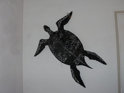 Une tortue de mer en fer forge