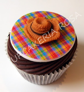 Cupcake com chapéu Caipira