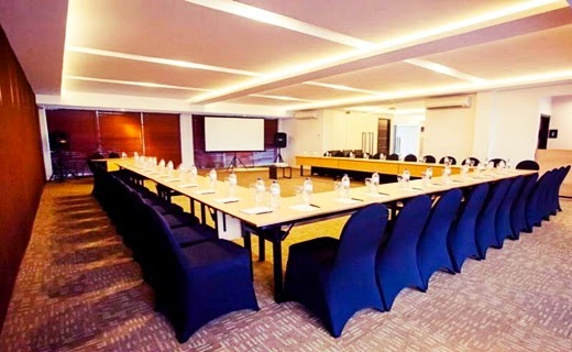 meeting room d'season hotel jepara