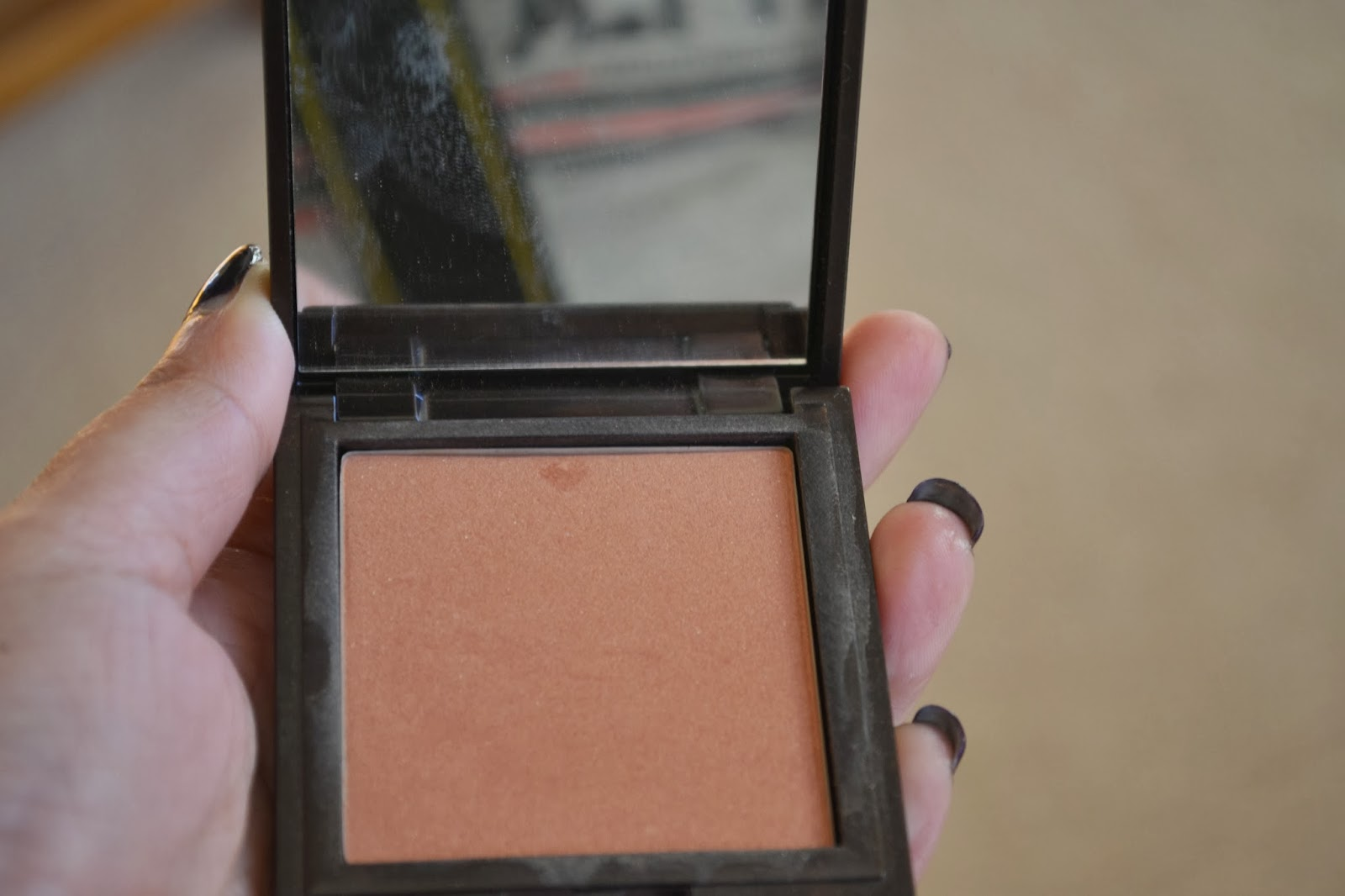 Korres Zea Mays Blush Luminous Finish / Velvety Texture in 42 Apricot