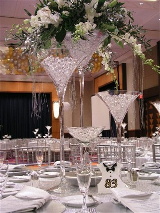 best wedding decorations crystal centerpieces for your memorable wedding. Black Bedroom Furniture Sets. Home Design Ideas