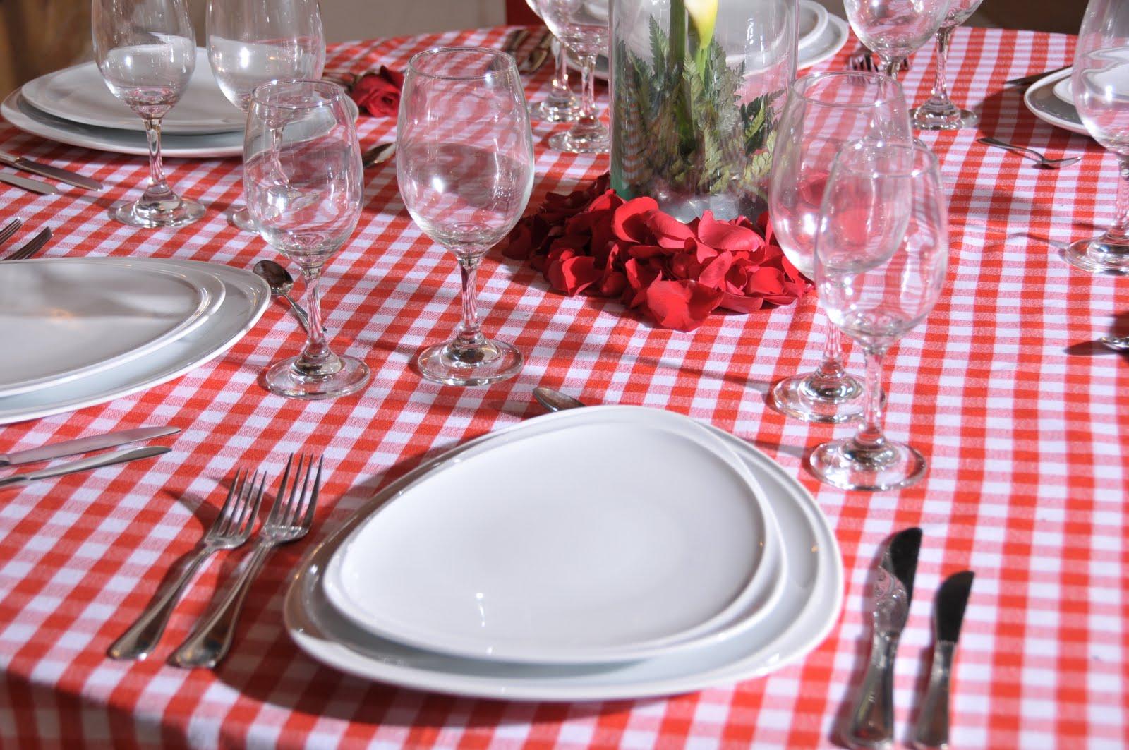Eventos con estilo malbe for Como colocar los cubiertos en la mesa
