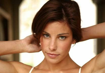 Brooke Satchwell goes topless