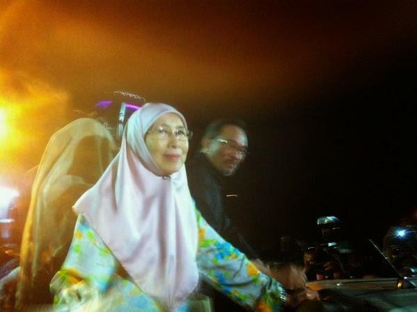 Video Dan Gambar: 40 Tahun: Dari UM ke Penjara -Anwar