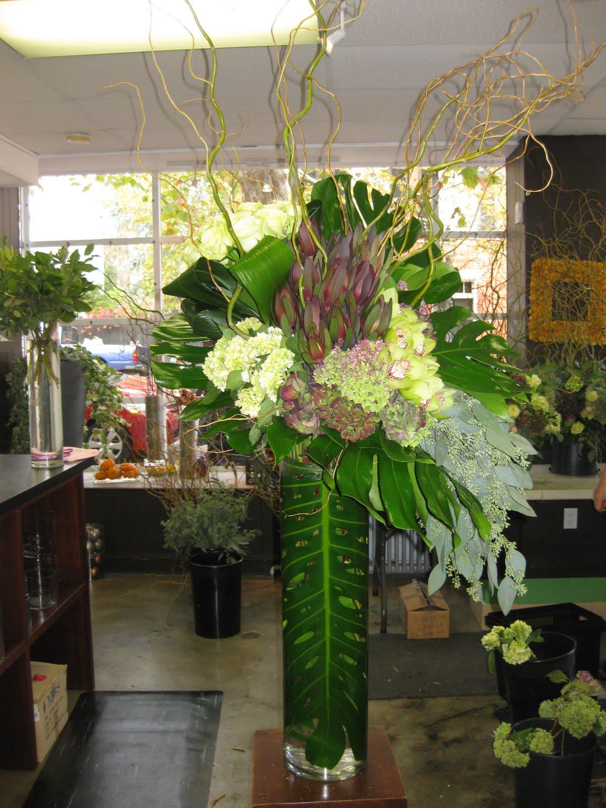 helen olivia flowers modern arrangements. Black Bedroom Furniture Sets. Home Design Ideas
