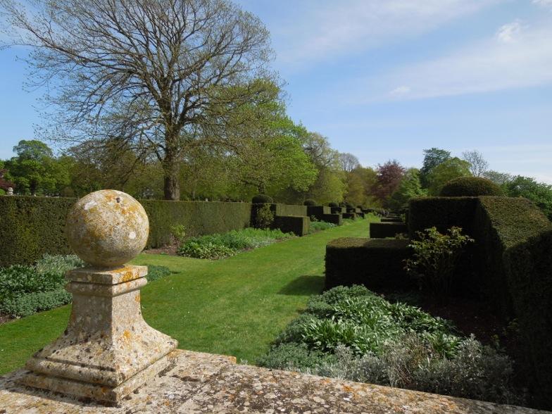 Architect design grimsthorpe castle for Capability brown garden designs