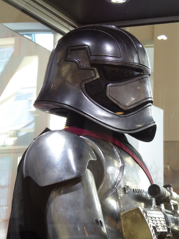 Captain Phasma helmet Star Wars
