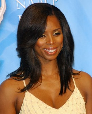 Photo Source: http://www.haircutsidea.com/sew-in-hairstyles/ )