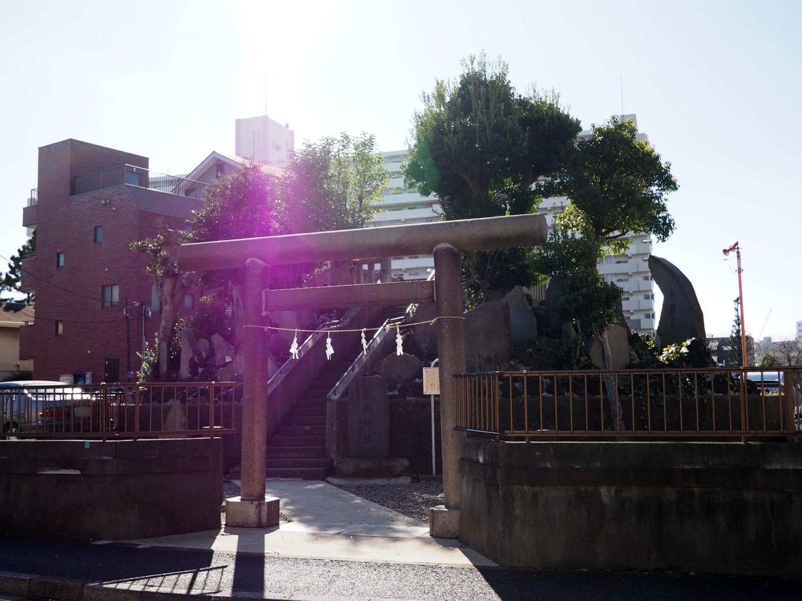 逆井の富士塚