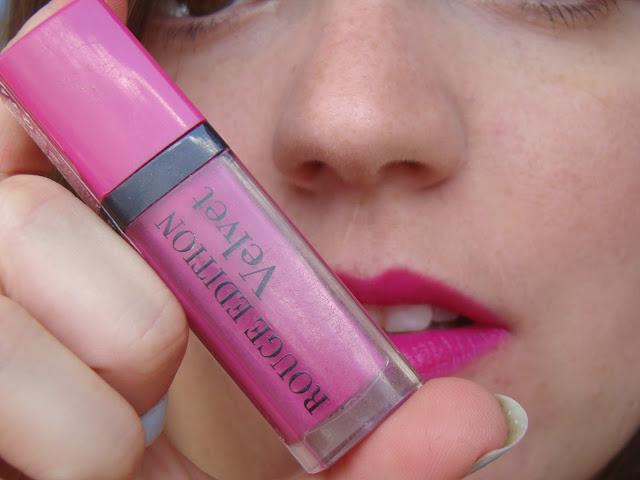 Rouge Edition Velvet de Bourjois 06 Pink Pong #TeamVelvet
