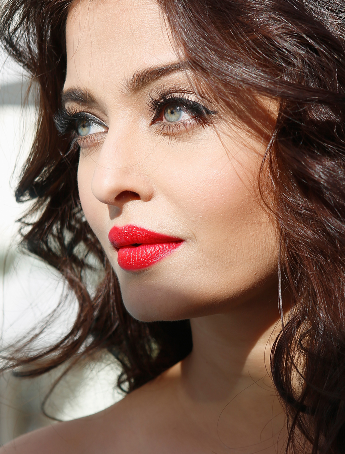 most beautiful pics woman Aishwarya rai