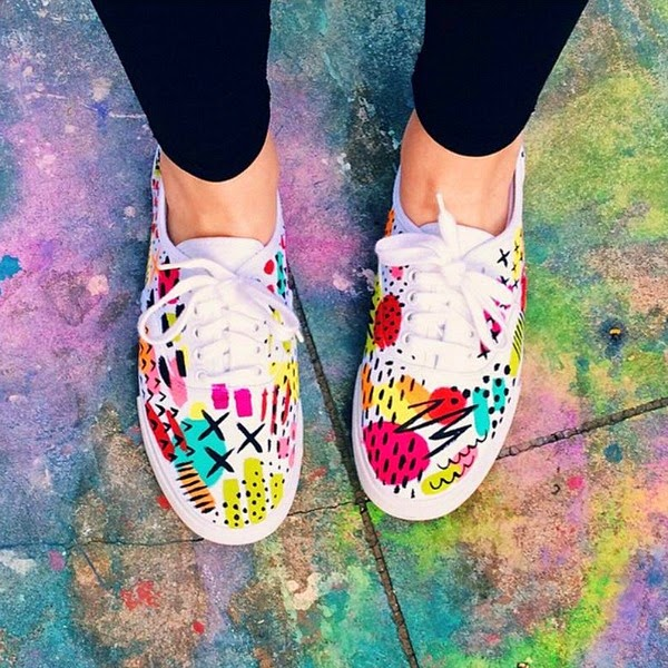 TheUncommonPlace // Colorful Doodle Keds