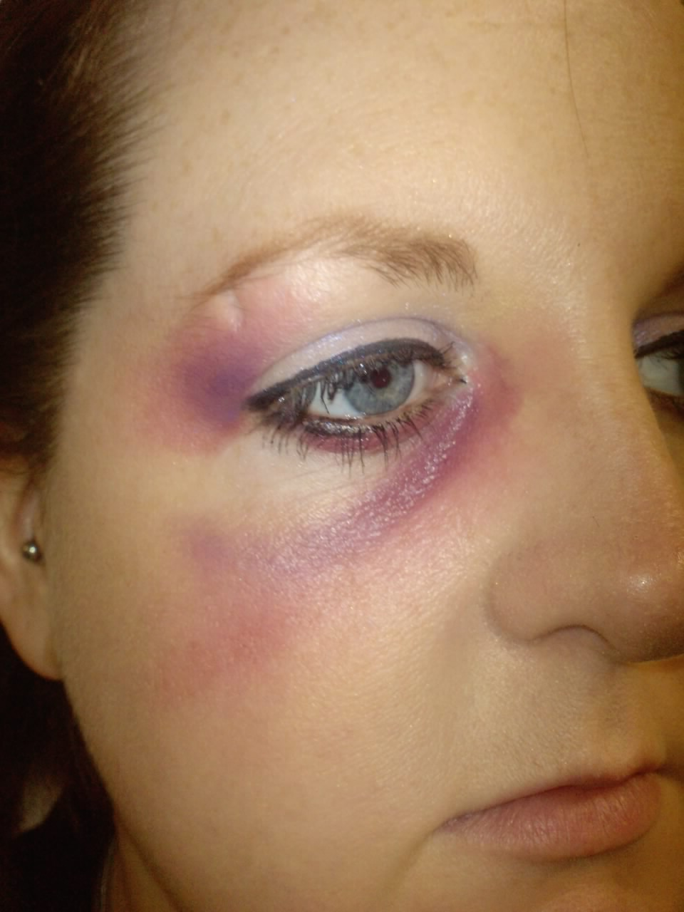 Makeup Ideas bruise makeup : Makeup by Gill: Special Effects - Cuts u0026 Bruises 1