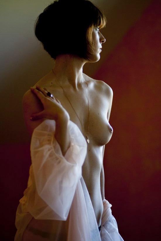 Maris Ojasuu Sirabella fotografia mulheres modelos fashion nsfw beleza sensual provocante nudez