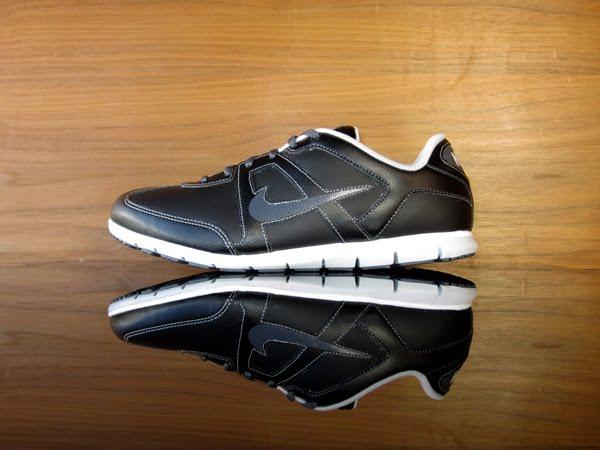 official photos 51158 64f43 407732-005 Nike Womens Oceania NM. Black, Dark Grey, White, Neutral Grey.  446319-001