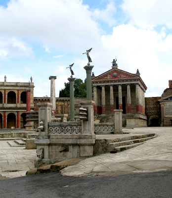 HBO's Rome, set of Rome, architecture of rome, roman architecture, sets at Cinecitta